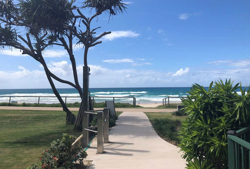 currumbin holiday apartments